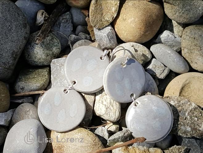 earrings between stones